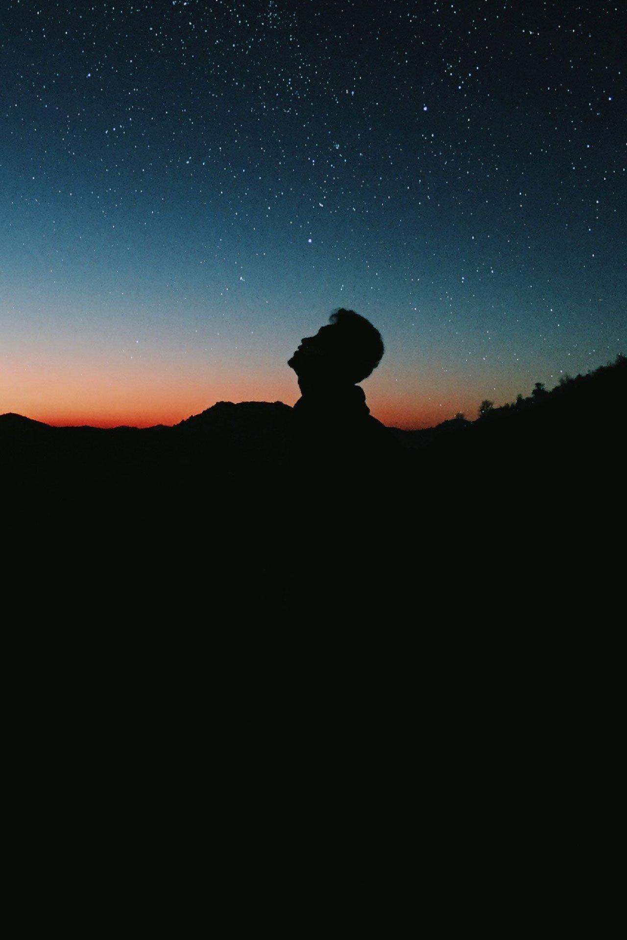 Elisabeth-Dahl-kvinna-som-arbetar-med-konsulter
